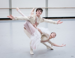 Jia Sun & Julian Lacey (Photo by Ian Whalen)